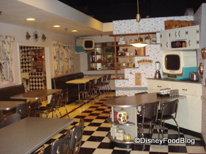 Dine in Mom's Kitchen at 50's Prime Time Cafe
