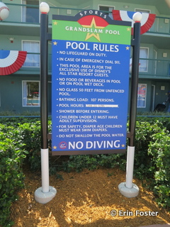 Please observe the pool rules.
