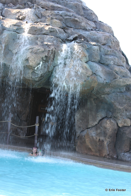 Polynesian, volcano pool, waterfall feature