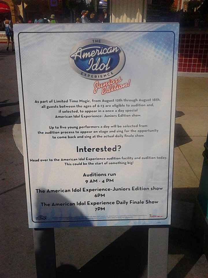 Sign Showing The American Idol Experience Juniors Edition
