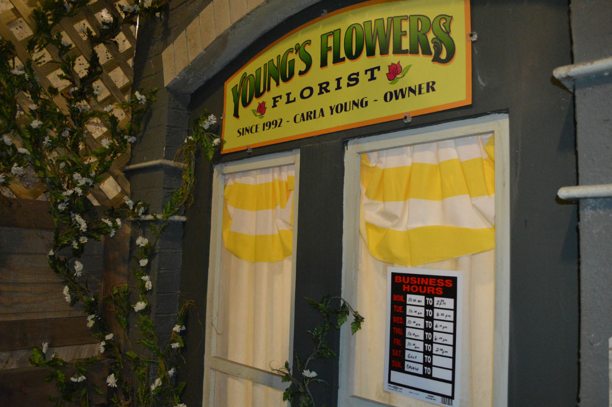 HHN_Hidden_YoungsFlowers