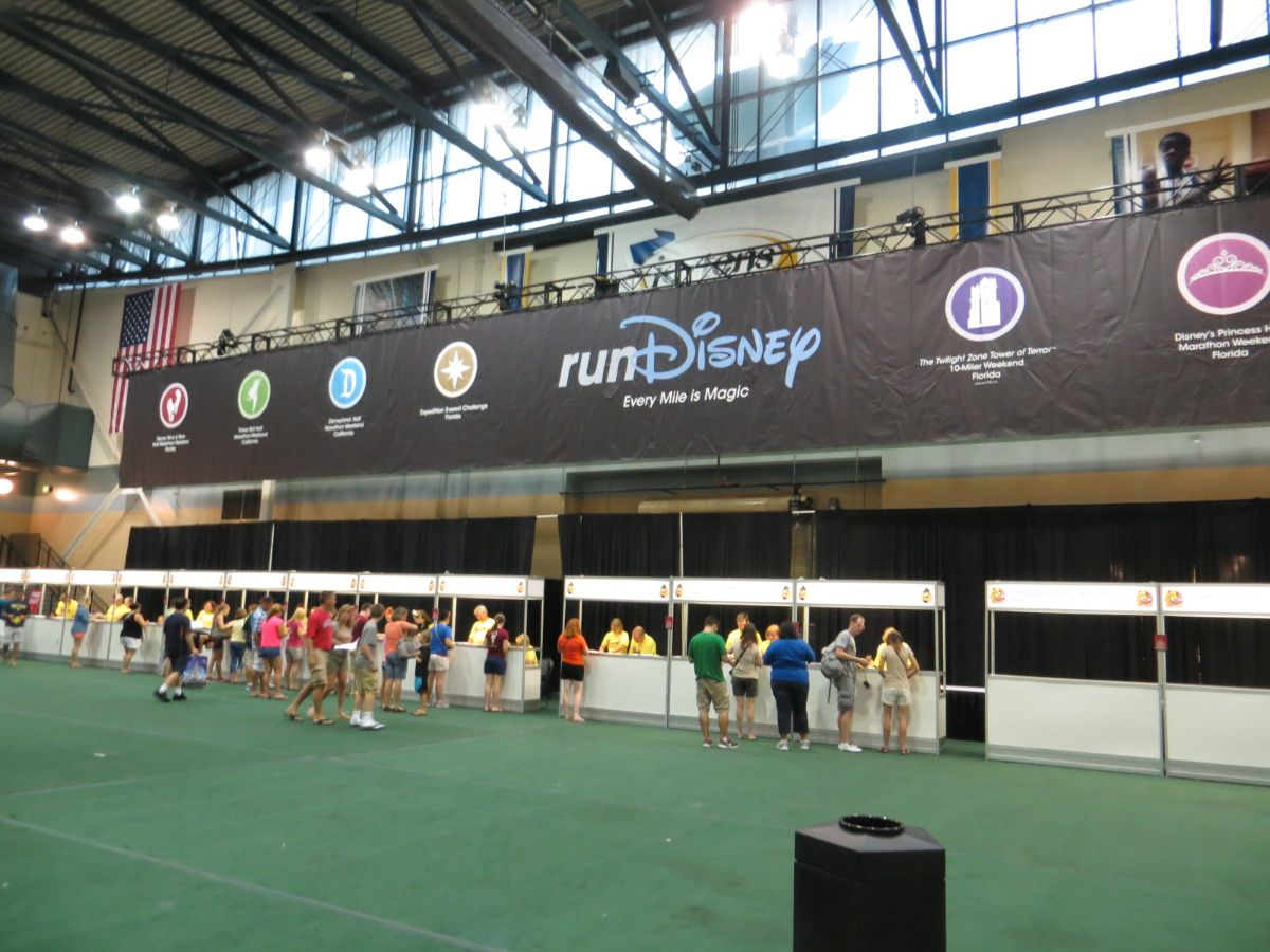 2013 runDisney Tower of Terror 10 Miler Expo at Josten's Center.
