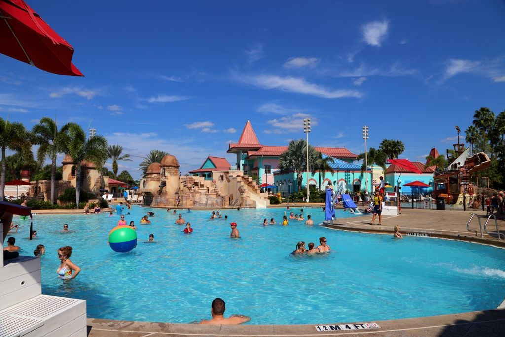 Resort Hopping: Disney\'s Caribbean Beach Resort