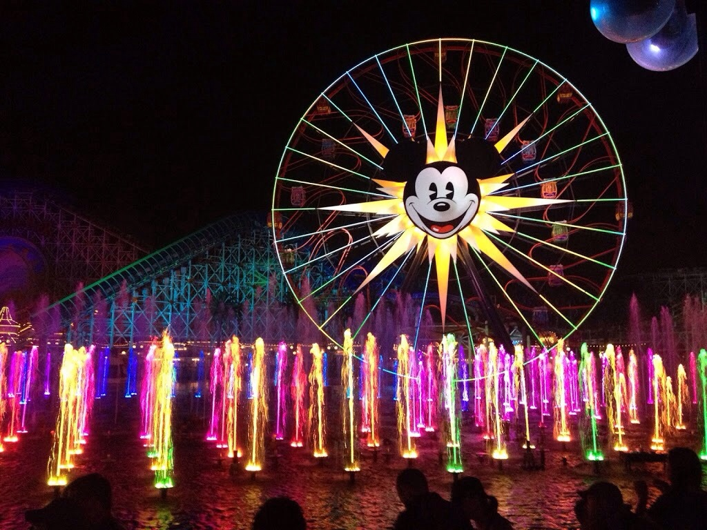 Disney California Adventure videos Mariachi Divas World of Color