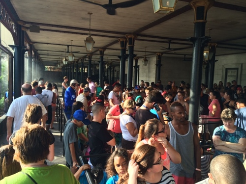 Crowded Gringotts Queue
