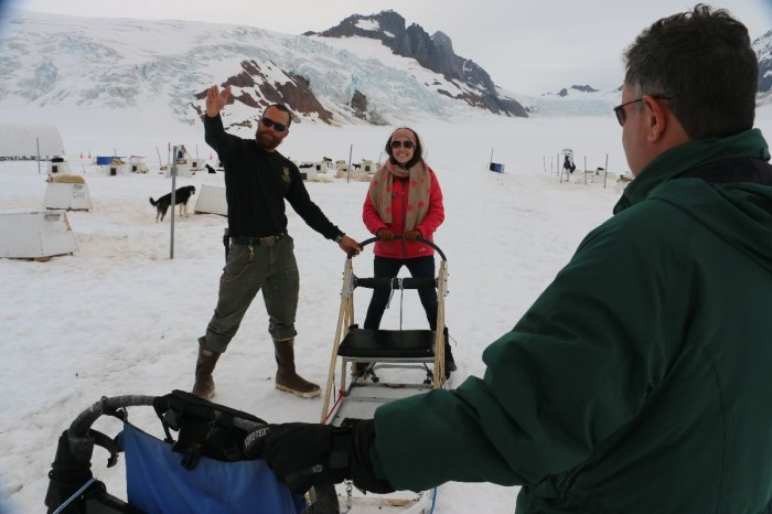 Getting mushing instructions from our guide.