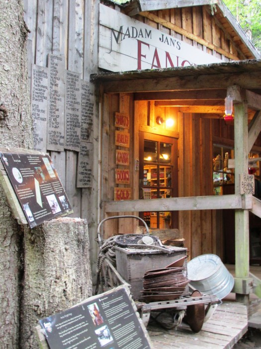 Liarsville Gold Rush Trail Camp Souvenir Shop ©www.disneyworldenthusiast.com