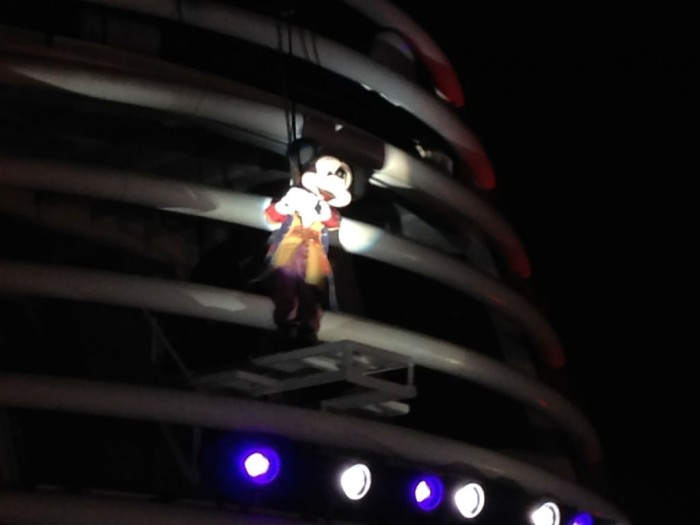 DCL_Fireworks_Mickey
