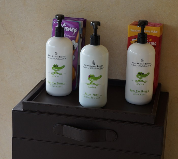 Sunscreen and aloe gel are available at the valet stand. (Photo by Julia Mascardo)