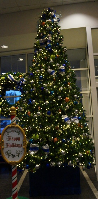 Christmas tree at the All-Star Sports resort (photo by Julia Mascardo).