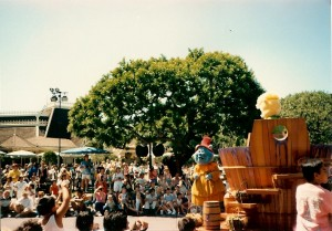 Picture from Main Street Disneyland 1989.