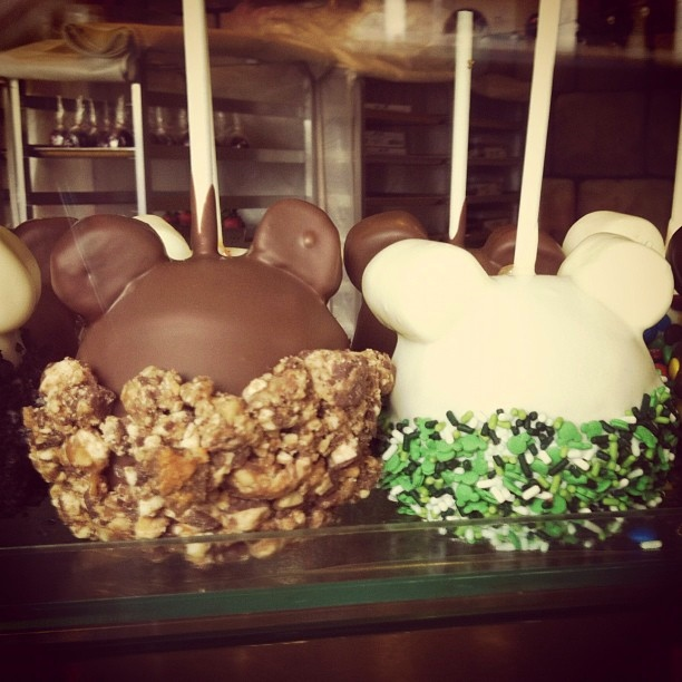 Candy Apples The Perfect Walt Disney World Treat