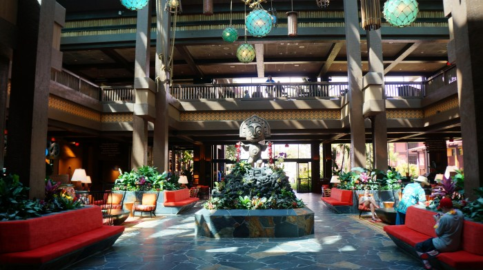 The shrugging Maui statue in the Polynesian lobby