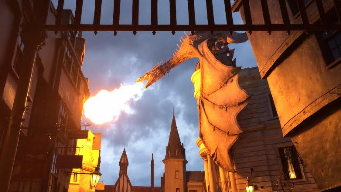 DIAGONALLEY_DragonFire_Megan