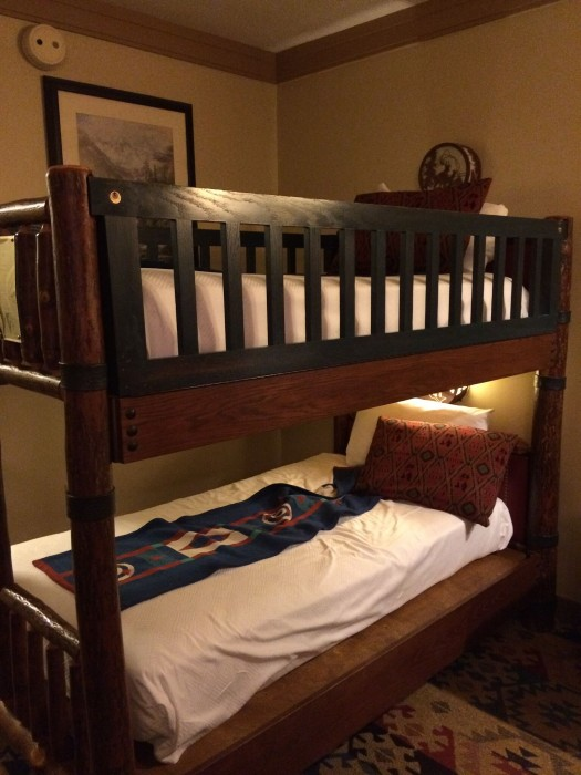 Wilderness Lodge bunk beds