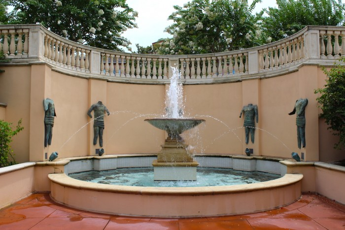 PORTOFINO_poolfountain