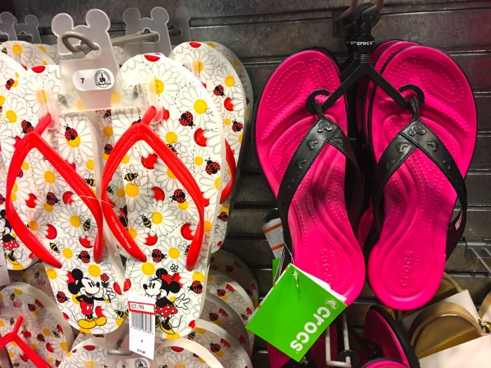 b2ac911a796d4 The Disney Outlet Store photo report for October 2016