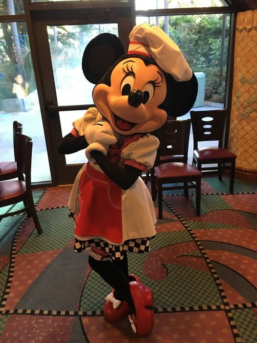 Review Of Breakfast At Goofy S Kitchen In Disneyland Hotel